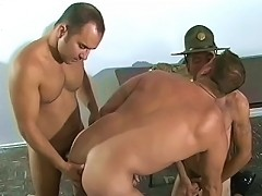 Muscled gays in a raw cock sucking threesome